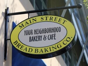 main-street-bakery-frisco-sign