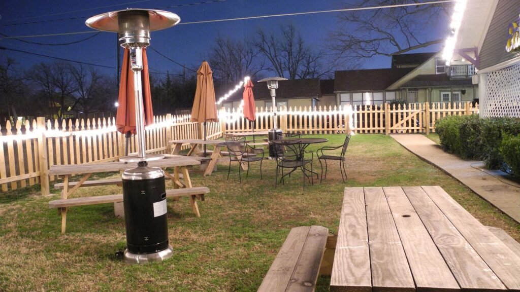 eight-eleven-frisco-backyard