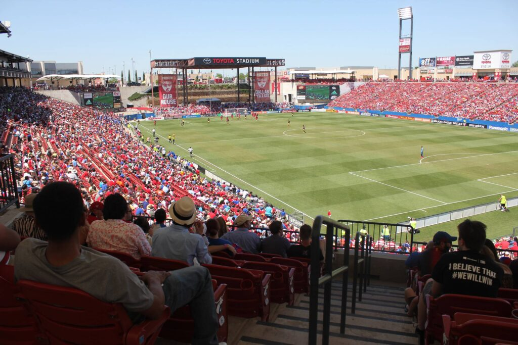 fc-dallas-toyota-stadium-crowd