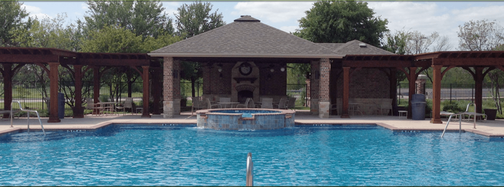Pool at Heather Ridge Estates