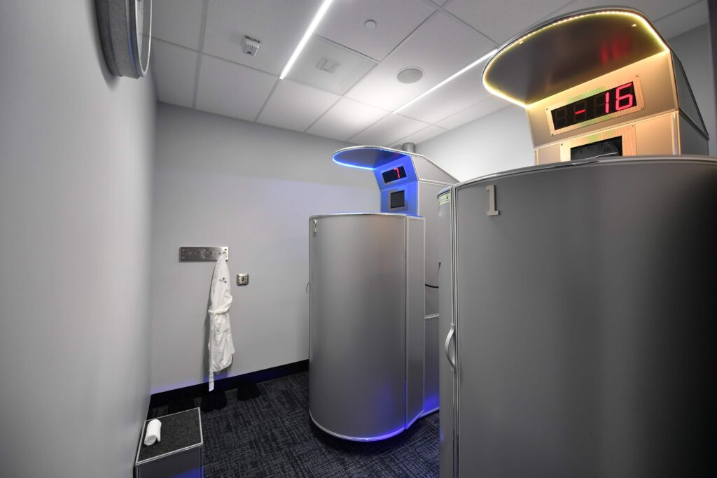 Cowboys Fit cryo machine