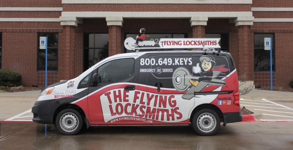 flying-locksmiths-van