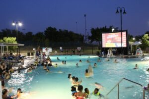 Dive in movie Frisco Fun